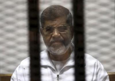 mohamed-morsi-sentenced-20-years-Egypt-400x282