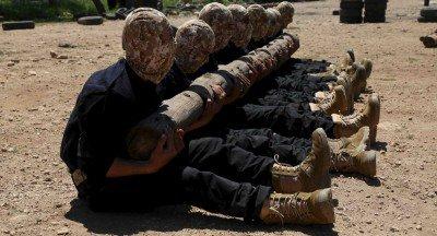 Syrian-Rebels-US-Army-Training-400x216