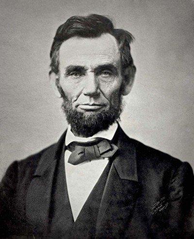 1024px-Abraham_Lincoln_November_1863-400x493