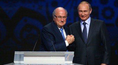 FIFA-President-Sepp-Blatter-President-Vladimir-Putin-400x222