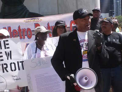 Kenneth-Kabaka-Reynolds-President-of-the-Metro-Detroit-Cab-Drivers-Association-at-rally-on-July-21-2015.-400x300 (1)