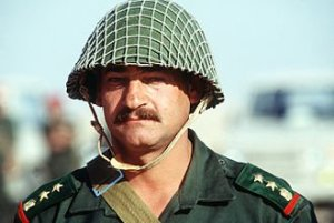 330px-A_Syrian_army_officer_during_the_Gulf_War