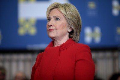 Hillary_Clinton_24338774540-400x266