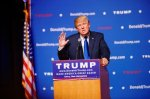 Mr_Donald_Trump_New_Hampshire_Town_Hall_on_August_19th_2015_at_Pinkerton_Academy_Derry_NH_by_Michael_Vadon_02-400x266