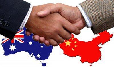 australia-and-china-hands-400x236