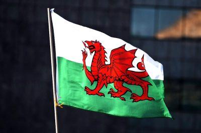 welsh-dragon-flag-400x266