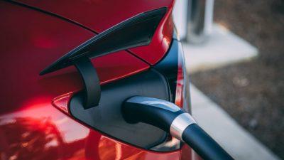 UN Warns of Devastating Environmental Side Effects of Electric Car Boom Vlad-tchompalov-b1upwwzhph8-unsplash-980x551-400x225-1